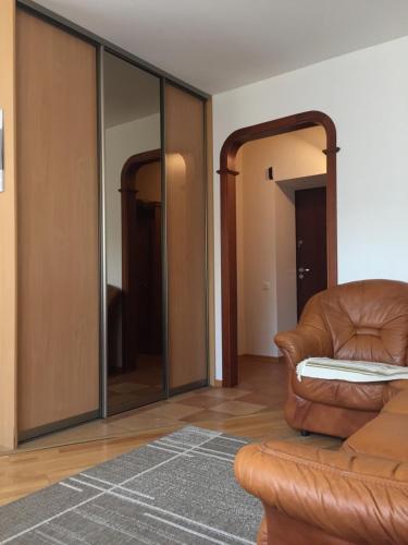 Опрятная квартира в тихом центре, Mińsk