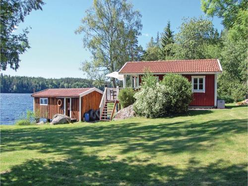 Holiday home Lagnebrunna Sjöfällan O-943