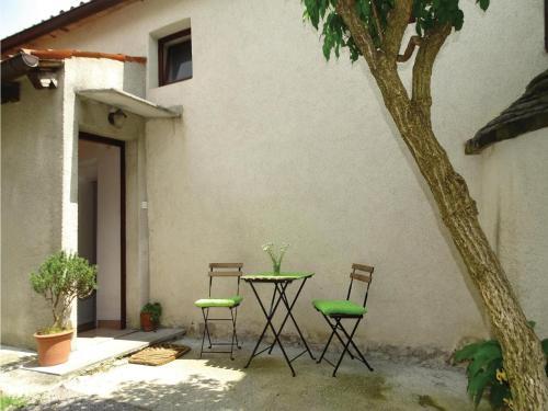 One-Bedroom Apartment in Stanjel, Štanjel