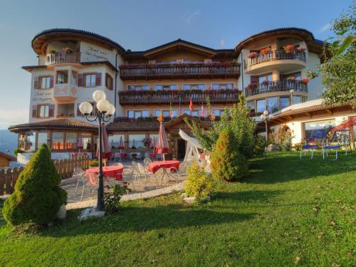 Blumen hotel bel soggiorno malosco for Hotel bel soggiorno