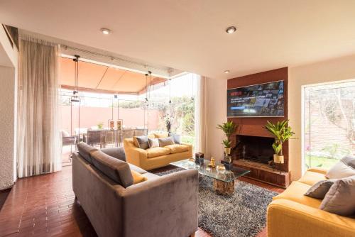 LIMA FABULOUS HOUSE 5BR SLEEP 8! Next Shopping !, Lima