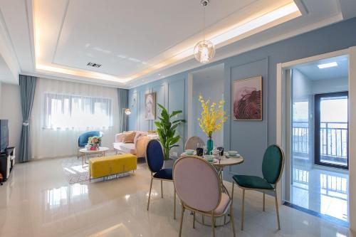 Wuhan Hongshan·Qunguang Square· Locals Apartment 00164030, 武汉