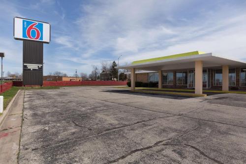 Motel 6 Lincoln, Il