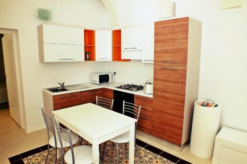 AnBoA · Ap.1 Orange suite