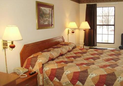 Econo Lodge Hotel Fayetteville hotel accepts paypal in Fayetteville (AR)