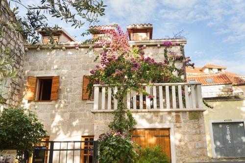 Villa Stone Flower Guest House