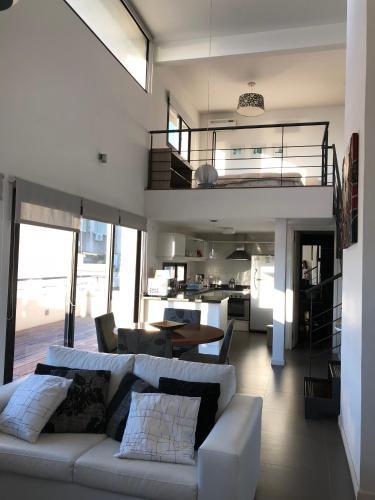 Apart 356, Montevideo