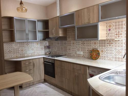 36 Foteh Niyozi str Apartment, Dushanbe