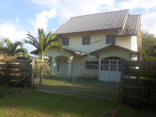 Taurus Vacation Home, Paramaribo