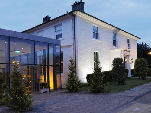 Photo of Macdonald Crutherland House Hotel Bed and Breakfast Accommodation in East Kilbride South Lanarkshire