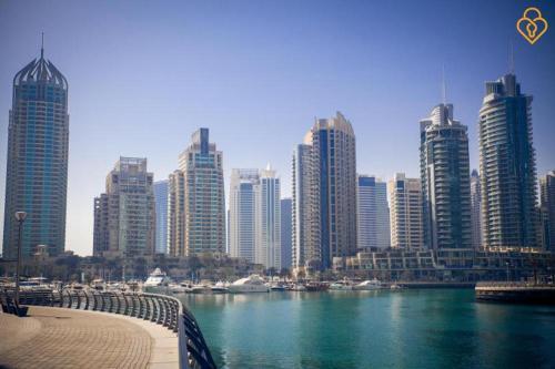 Keysplease 2 B/R Apt Twisted Tower, Dubai Marina, Дубай