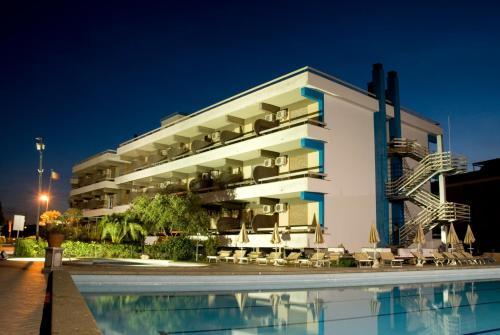 foto Hotel River Palace (Terracina)