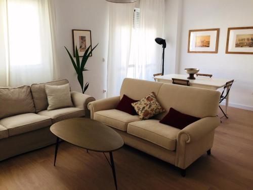 Atico de 4 habitaciones Sevilla