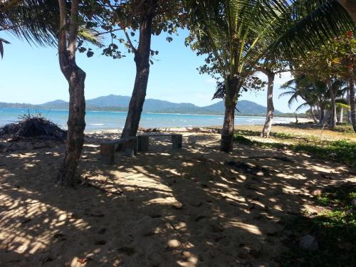 Zahs Place, Kurrimine Beach