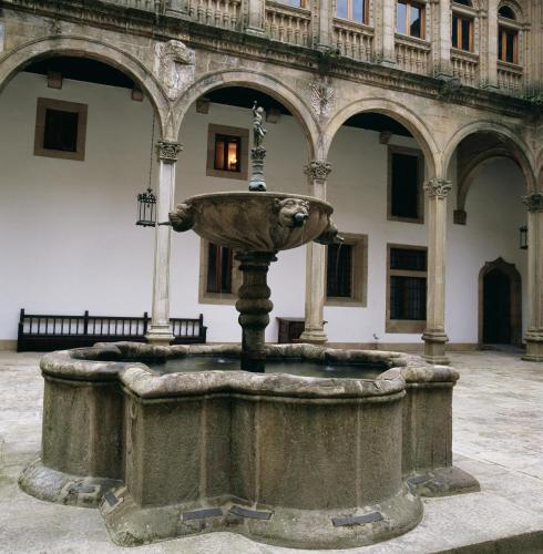 Parador De Santiago De Compostela Dos Reis Catolicos 40
