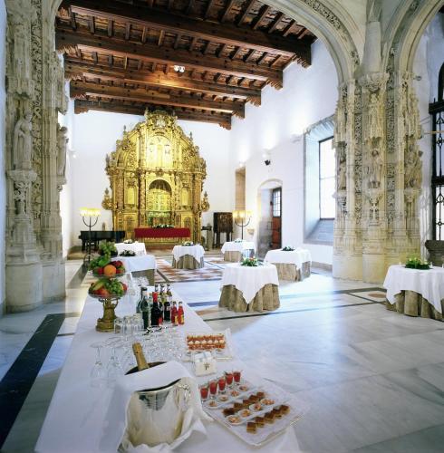 Parador De Santiago De Compostela Dos Reis Catolicos 36