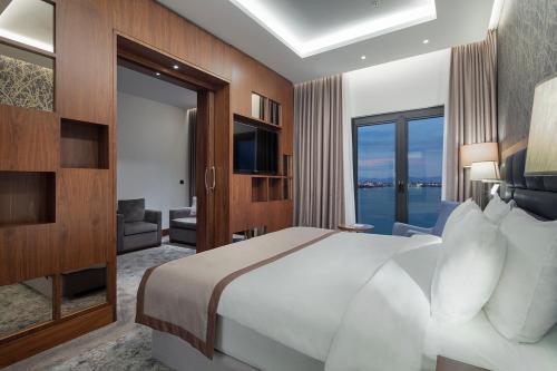 Holiday Inn Istanbul - Tuzla Bay, Тузла