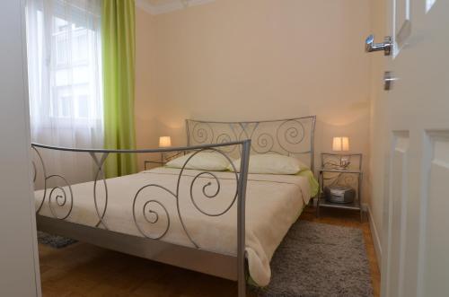 Apartments Flores