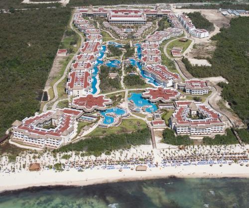 All Inclusive, Riviera Maya