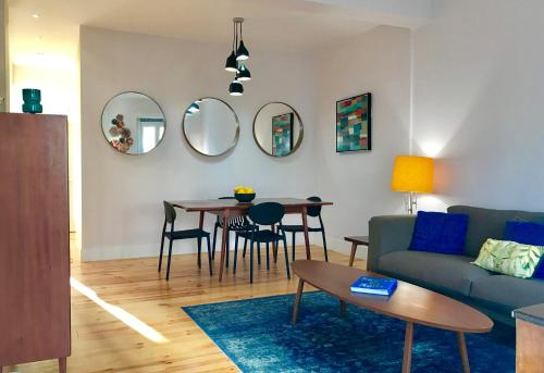 Large elegant flat, in central Lisbon