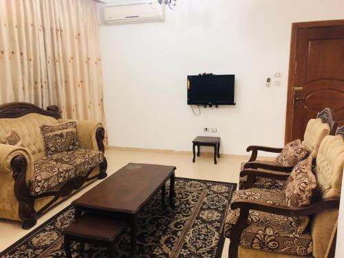 Al Shahd Real Estate, Al Waha Circle, Rujm ash Sharā'irah
