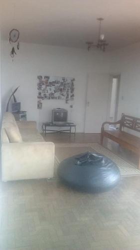 Apartamento Grande( aluguel quarto)