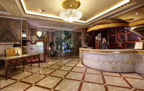 Happiness Hotel, Тайбэй