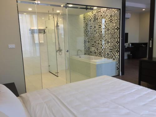 5 Star Apartment Central Phu Ly