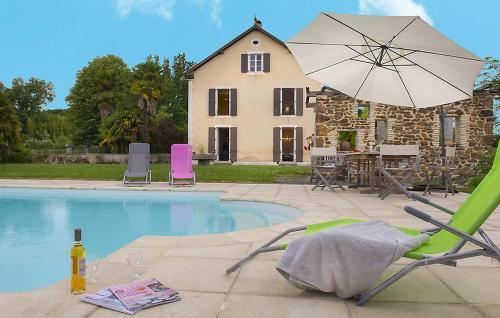 Arsague Villa Sleeps 6 Pool WiFi