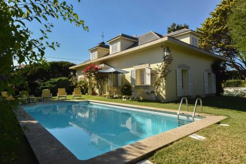 Charming House with Garden and Pool