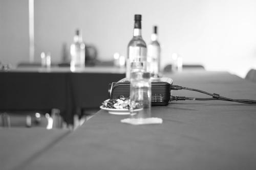A La Table De Cana Gradignan Hotel Gradignan France Online Reservation