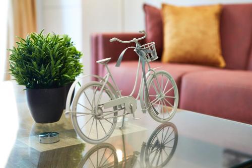 Elegant Plus Luxury Apartments
