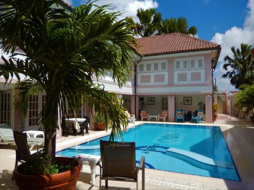 Kamerlingh Villa, Oranjestad