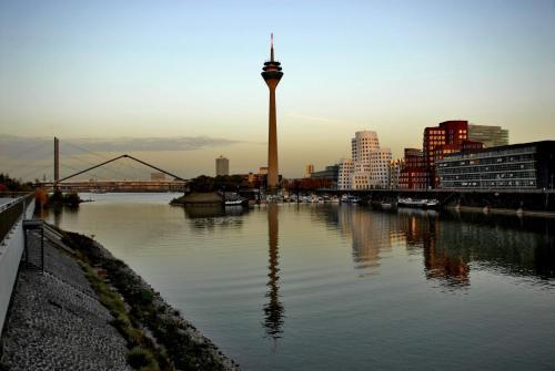 Innside by Meliá Düsseldorf Hafen photo 6