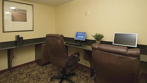 Country Inn & Suites By Carlson Crestview Fl