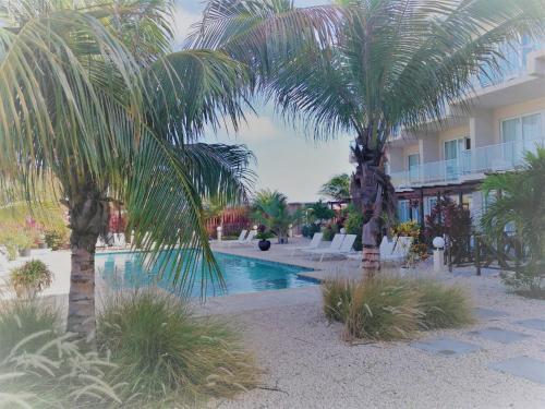 NEW ! Las Islas Condo # 11, Palm Beach