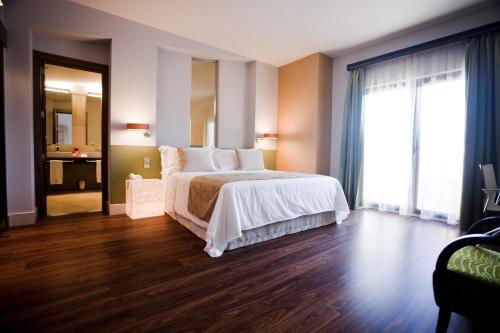 Triple Room Hotel & Winery Señorío de Nevada 1