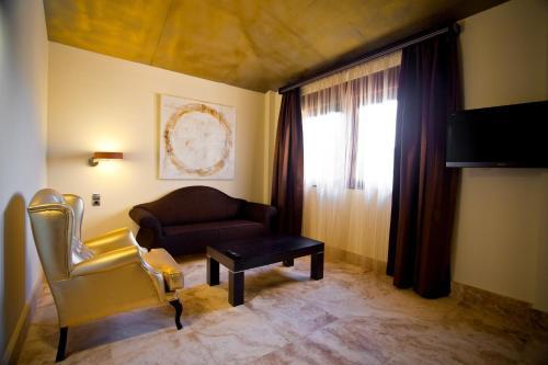 Suite Junior Hacienda Señorio de Nevada 5