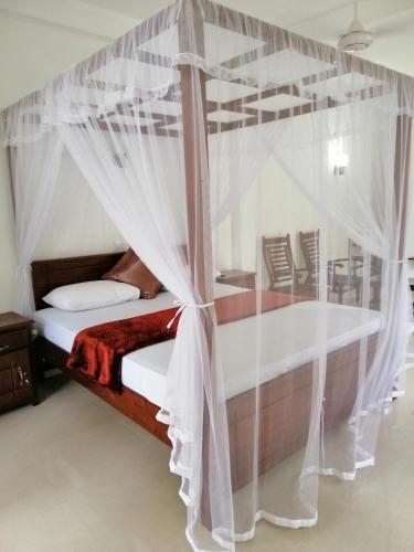 Around Hikkaduwa: Hotels Near Chill Inn Cafe, Hikkaduwa