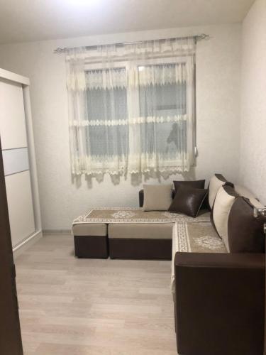 Alex Apartments, Veles