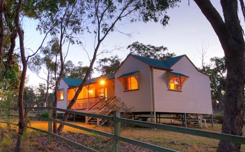 Accommodation Creek Cottages