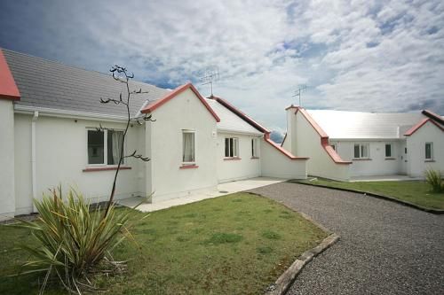 Photo of Sand Dune Cottages Hotel Bed and Breakfast Accommodation in Ballin Prior Kerry