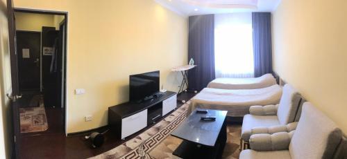 Zhanybek Apartment, Karakol