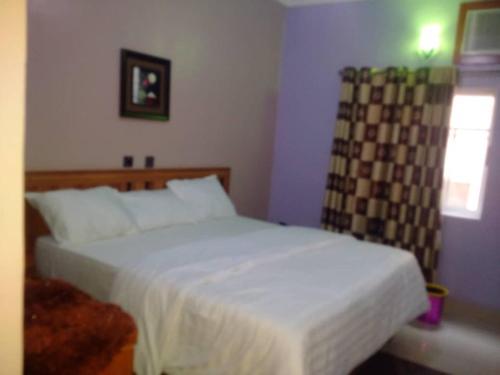 Chunique royal hotel