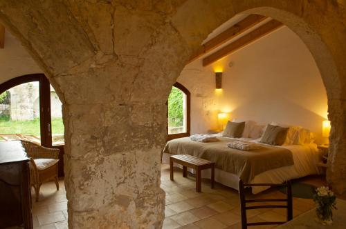 Suite Junior con terraza Alcaufar Vell Hotel Rural & Restaurant 4