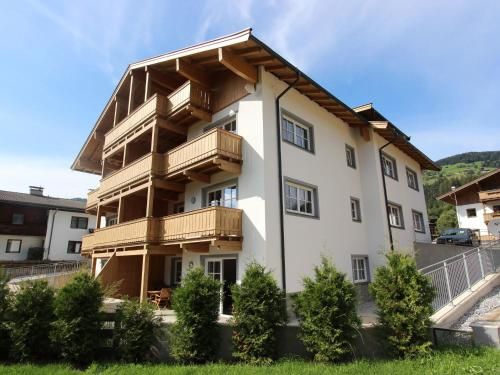 Holiday home Residenz Edelalm Appartement 4