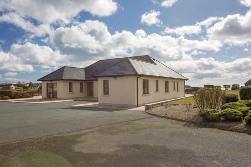 Villa Galileo, Ardmore Beach, Waterford, Sluggera Cross Roads