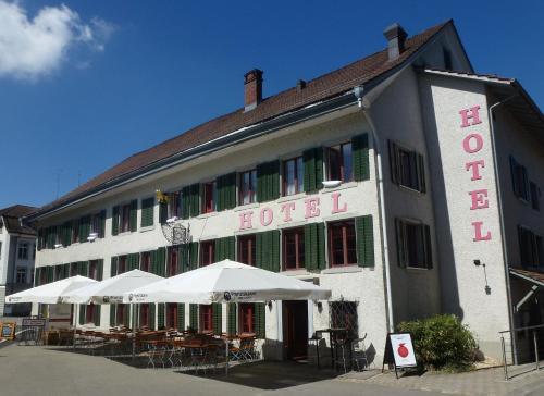 Отель Gasthof Löwen 3 звезды Швейцария