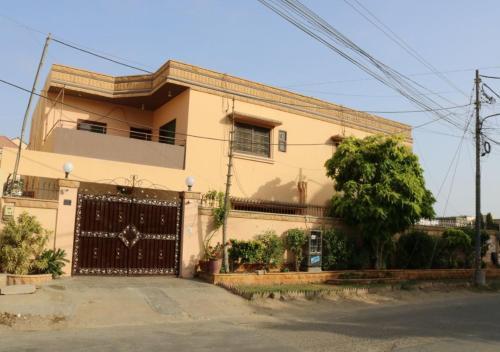 Seaview Guest House, Karāchi
