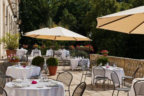 Chateau de montvillargenne h tel 6 avenue fran ois for Piscine gouvieux
